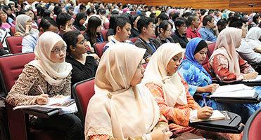 6 Cara Memilih Tas Seminar yang Profesional