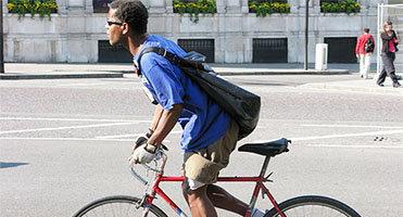 4 Cara Memilih Sling Backpack yang Berkualitas
